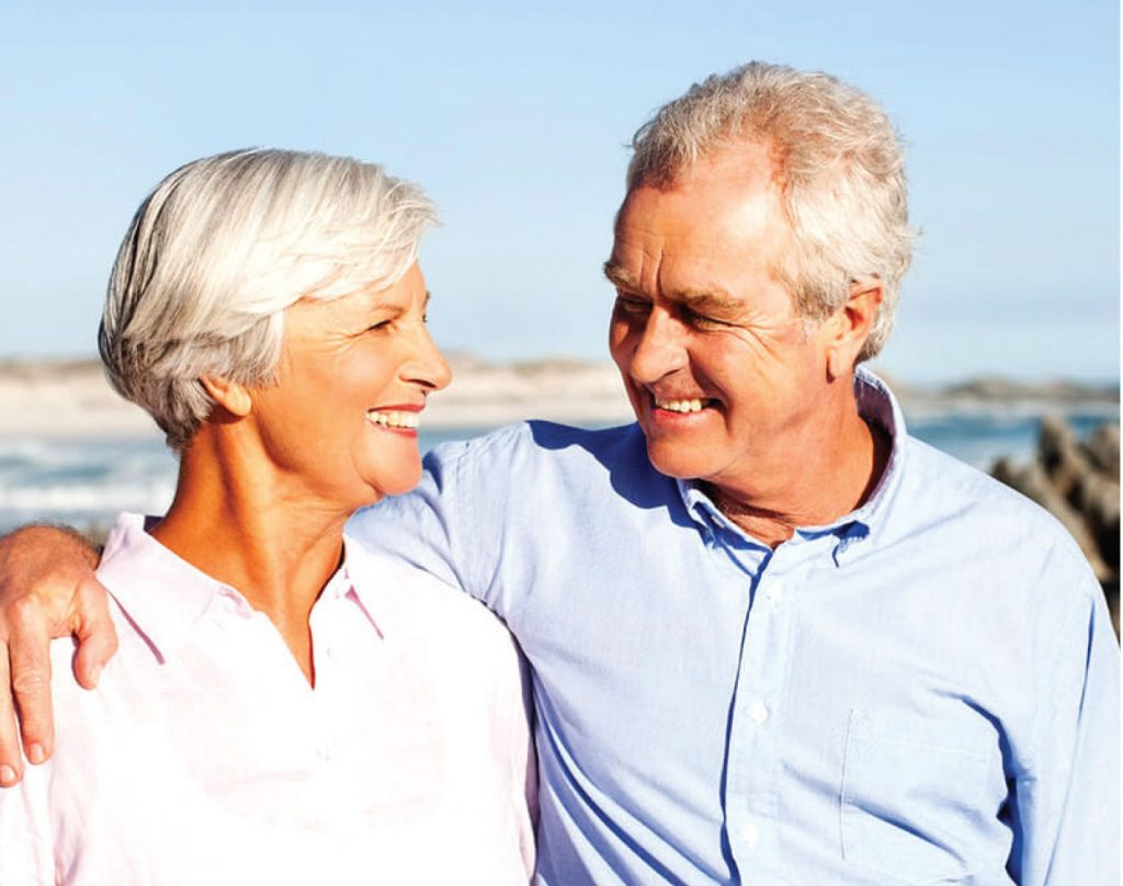 4 WAYS TO REDUCE LONELINESS IN SENIORS WITH ALZHEIMER'S OR DEMENTIA